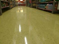 Наливные полы в супермаркете